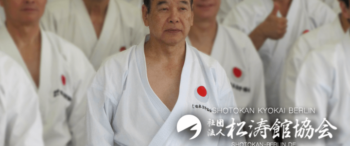 Ueki Shihan was honored by JKA Shankai with 10.Dan