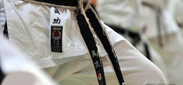 Artikel in der Berliner Zeitung über Shotokan Kyokai Berlin – JKA Karate Berlin